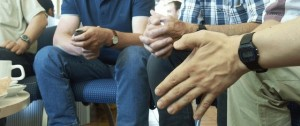 hands-1545330-640x268